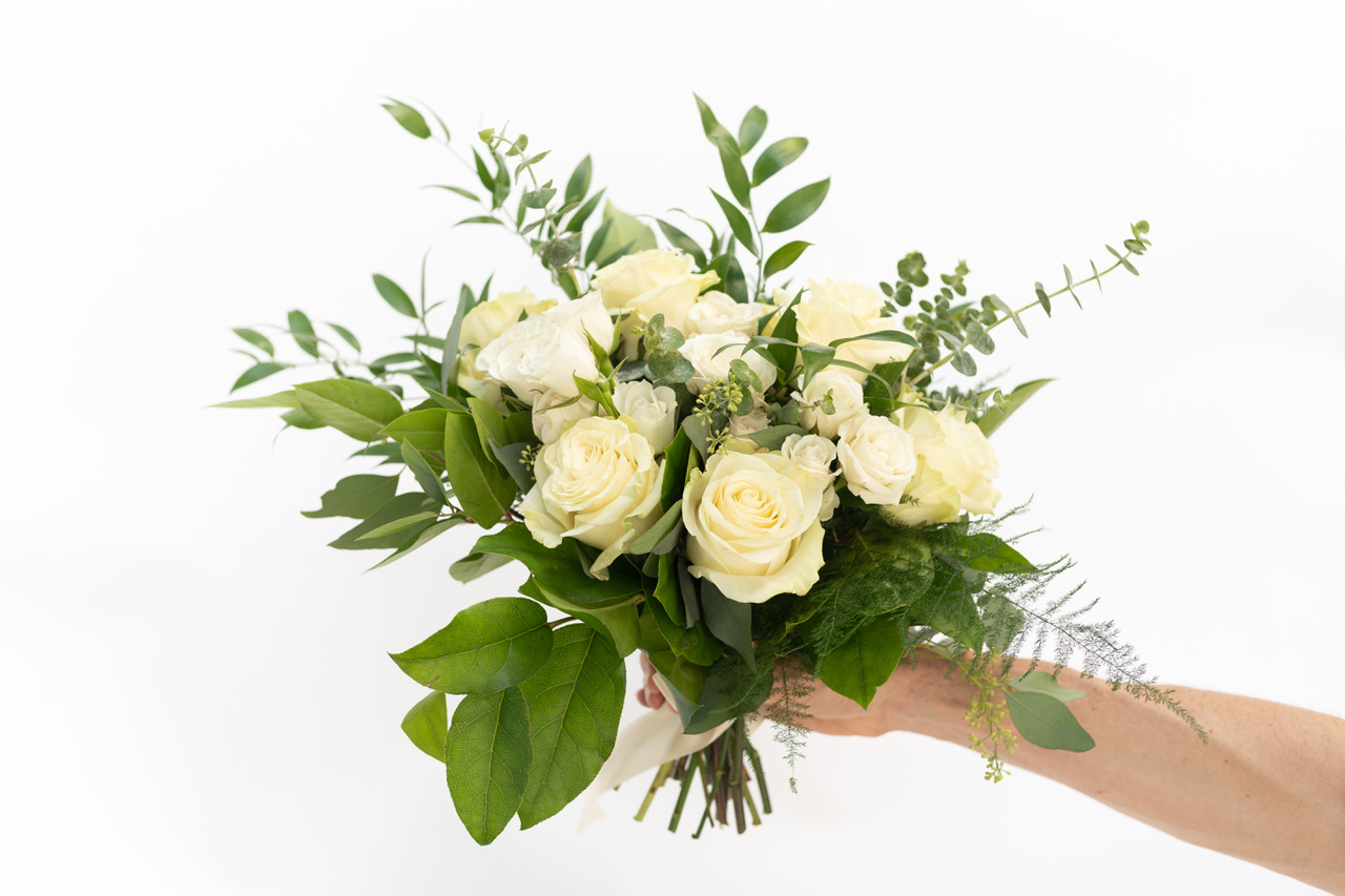 (360 design, white rose and greenery mix)