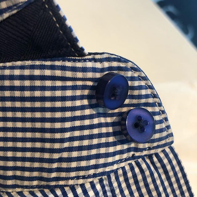 Don't you want your bespoke shirts to remain bespoke?! We offer hand laundry for your made to measures! . . . . . . #shirts #bespoke #madetomeasure #handlaundry #torontofashion #financialdistricttoronto #yyz #torontofashionblogger #torontoliving #rosedale #foresthill #yorkvilletoronto #instagood #instaquality #instafabric #toronto #drycleanerstoronto #torontodrycleaners #lovefashion #fashioncares #torontosfinest #bestdrycleanersintoronto