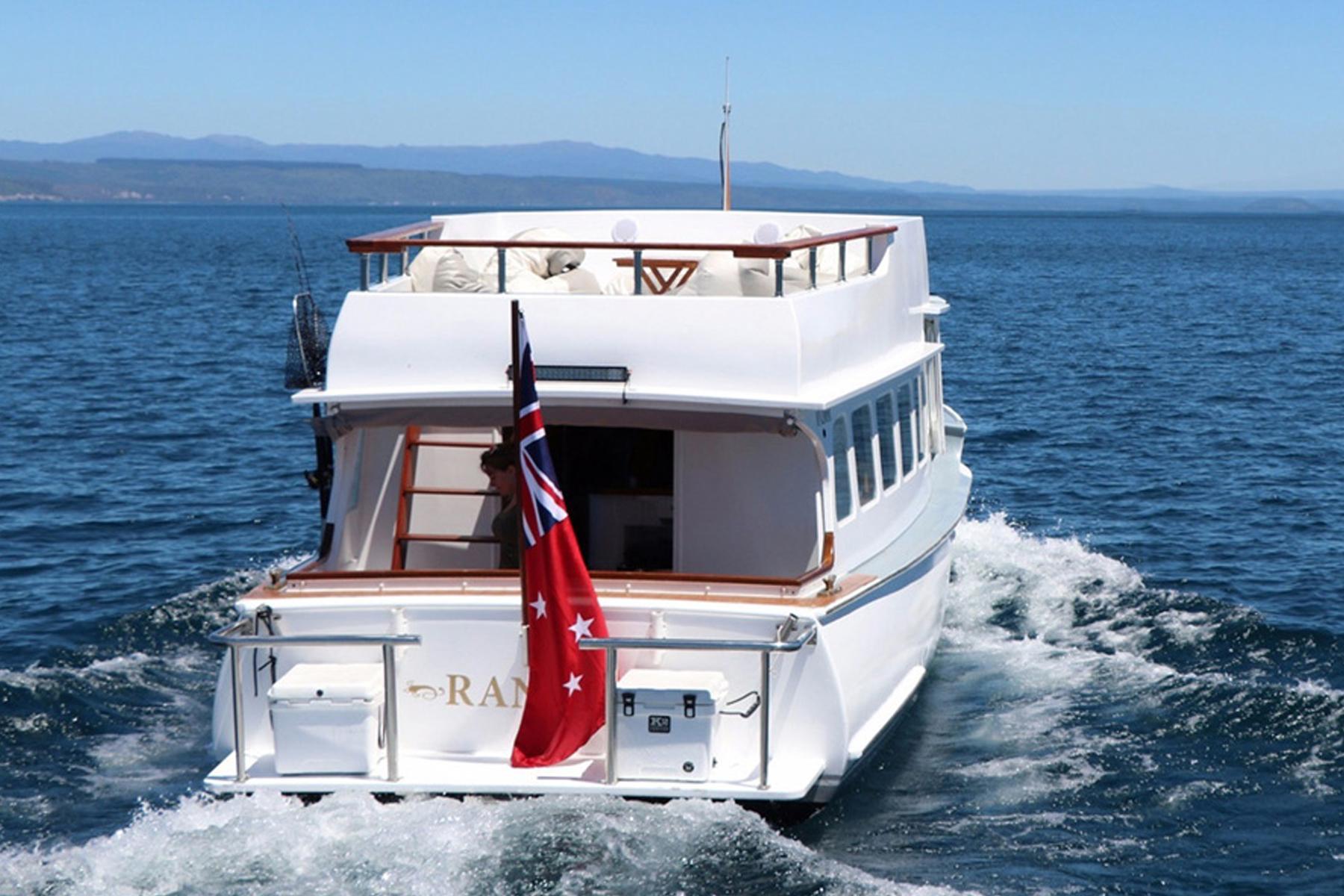 NEW_0024_ranui boat.jpg