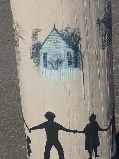 Street Art - Lilydale, Tasmania.