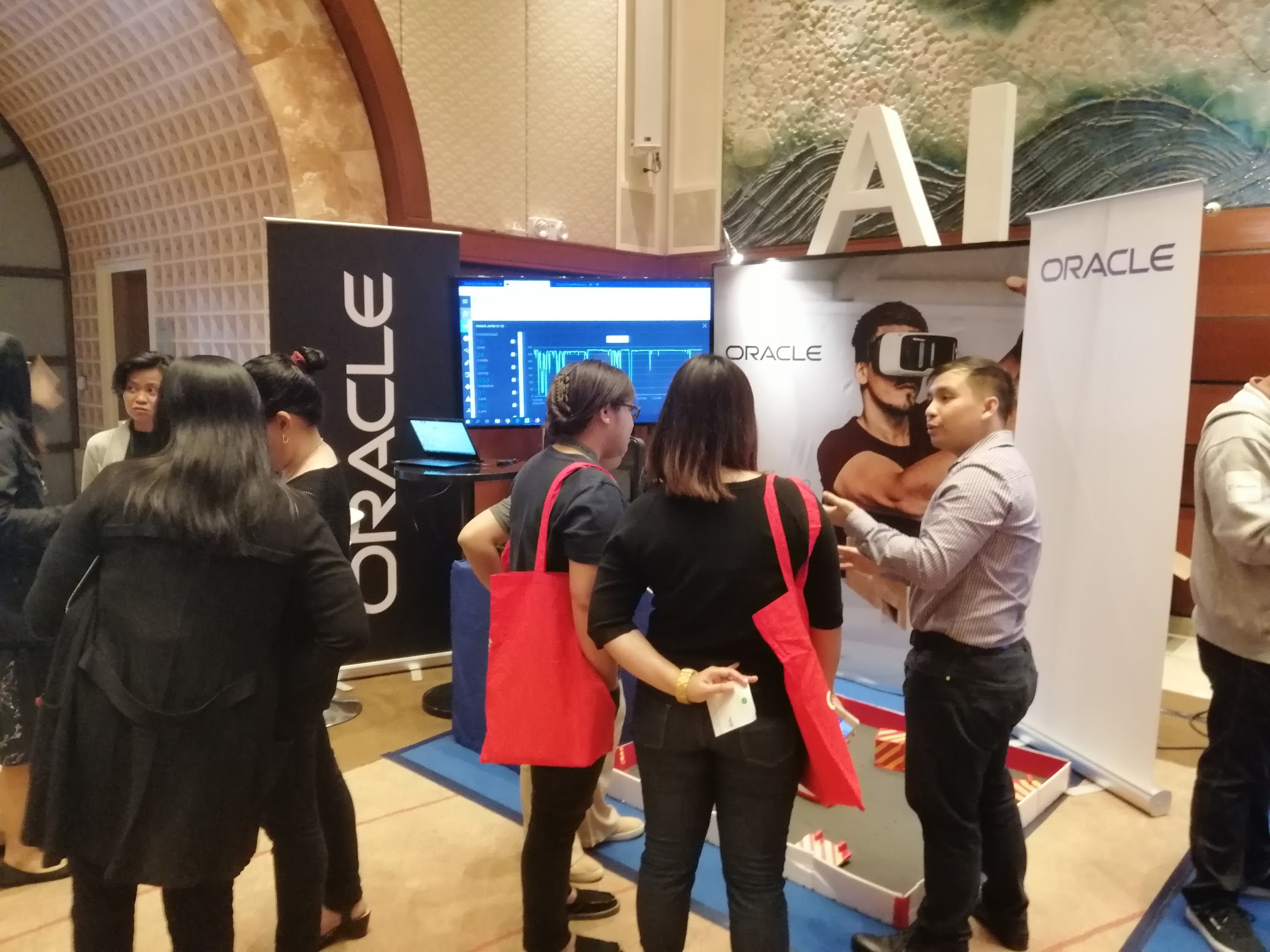 12:26 p.m. - Make sure to drop by at the Oracle Booth!