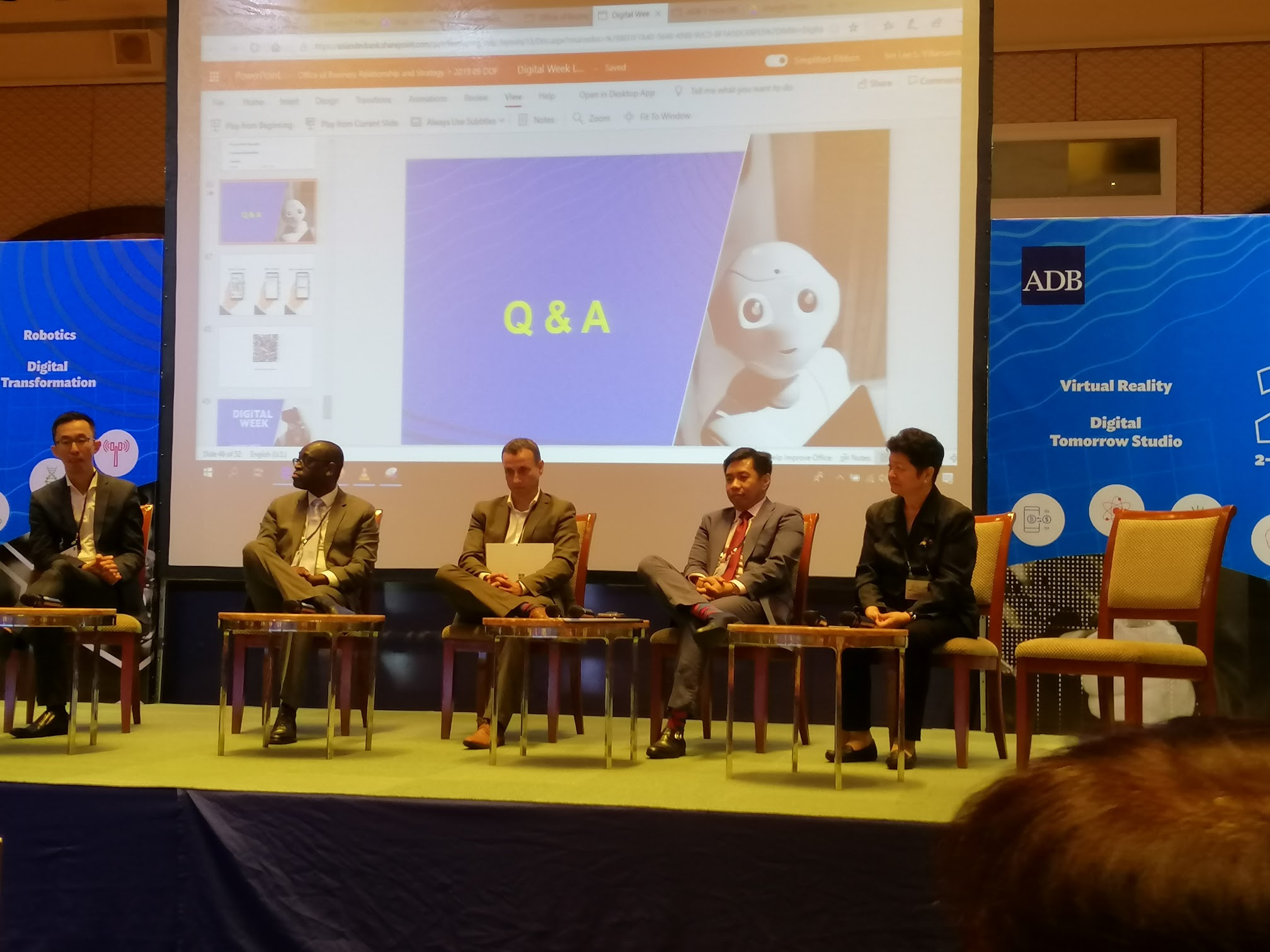 10:05 a.m. - The industry experts on Digital Transformation are called to the stage. From left to right: Vincent Loy (Monetary Authority of Singapore), Peppin Cyriaque Vougo (AfDB), Stephen Evans (NIB), Henry Aguda (Union Bank), Ma. Carmen Testa (AIM)