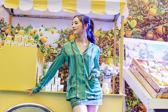girl-cart.jpg