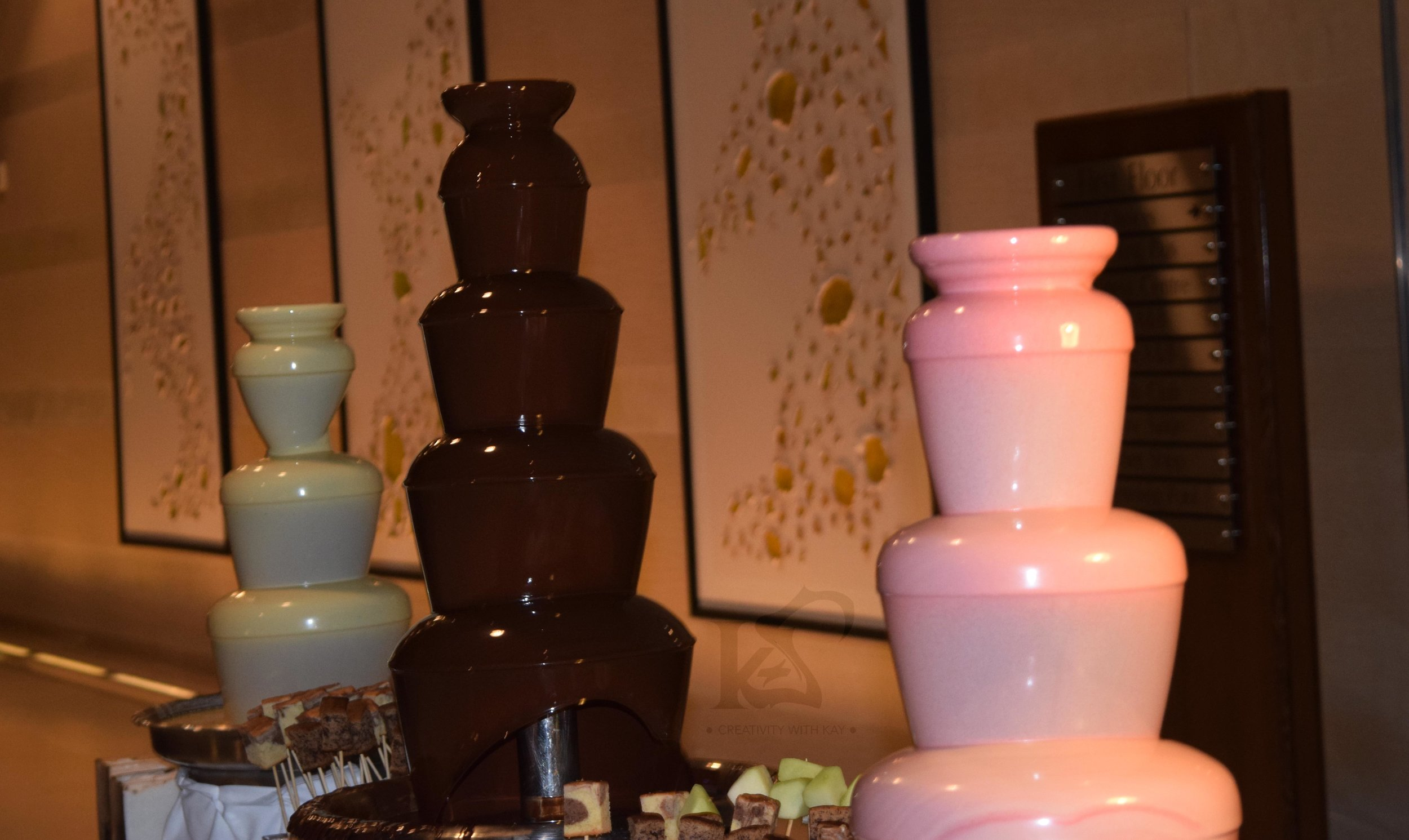 Such delicious looking chocolate fountains!