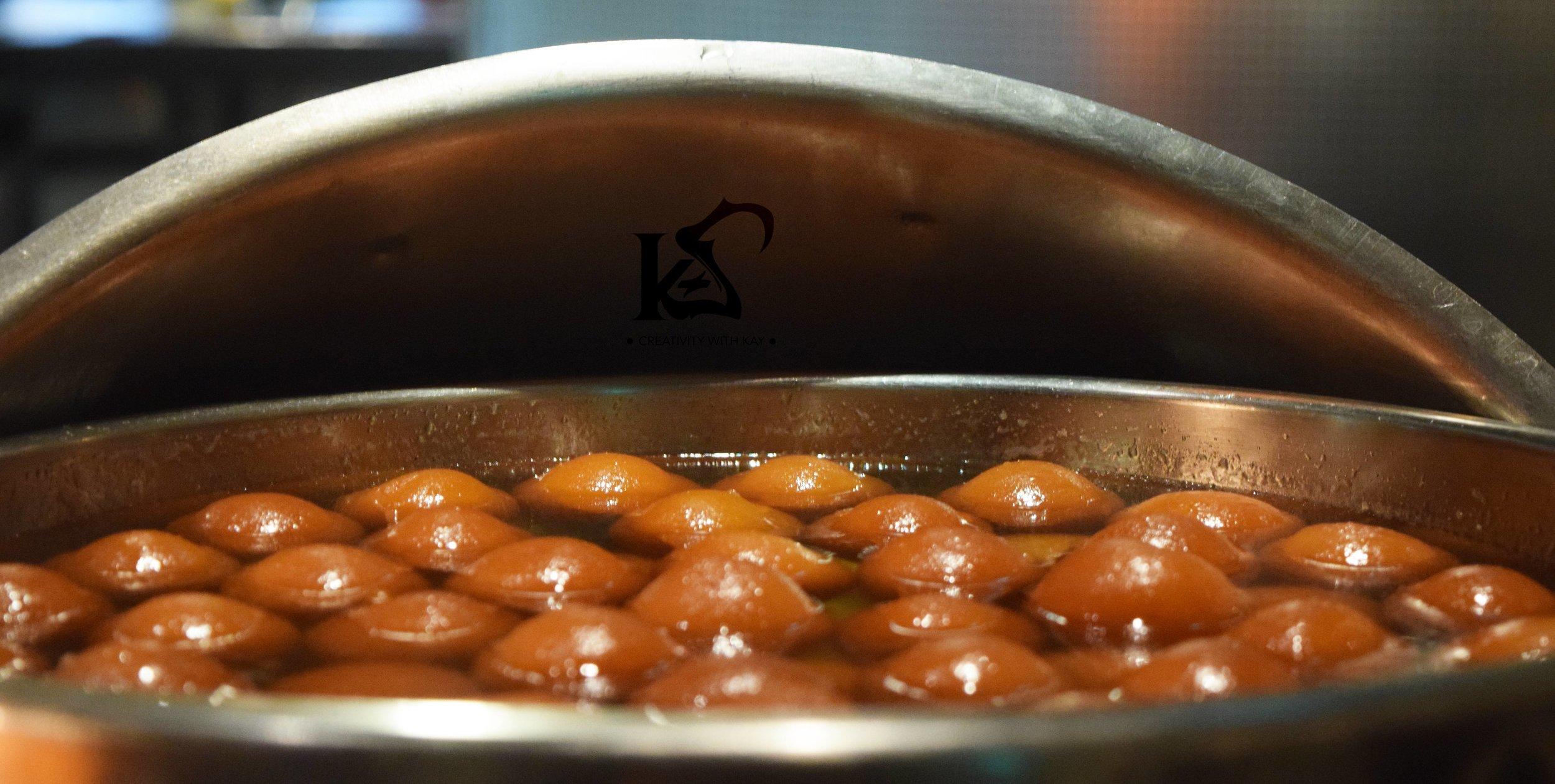gulabjamun-indian-sweet