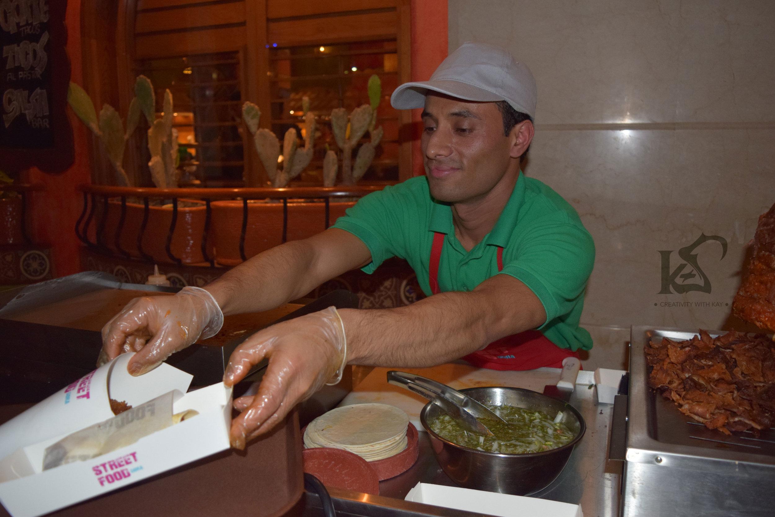 smiling-staff-streetfood-marriott