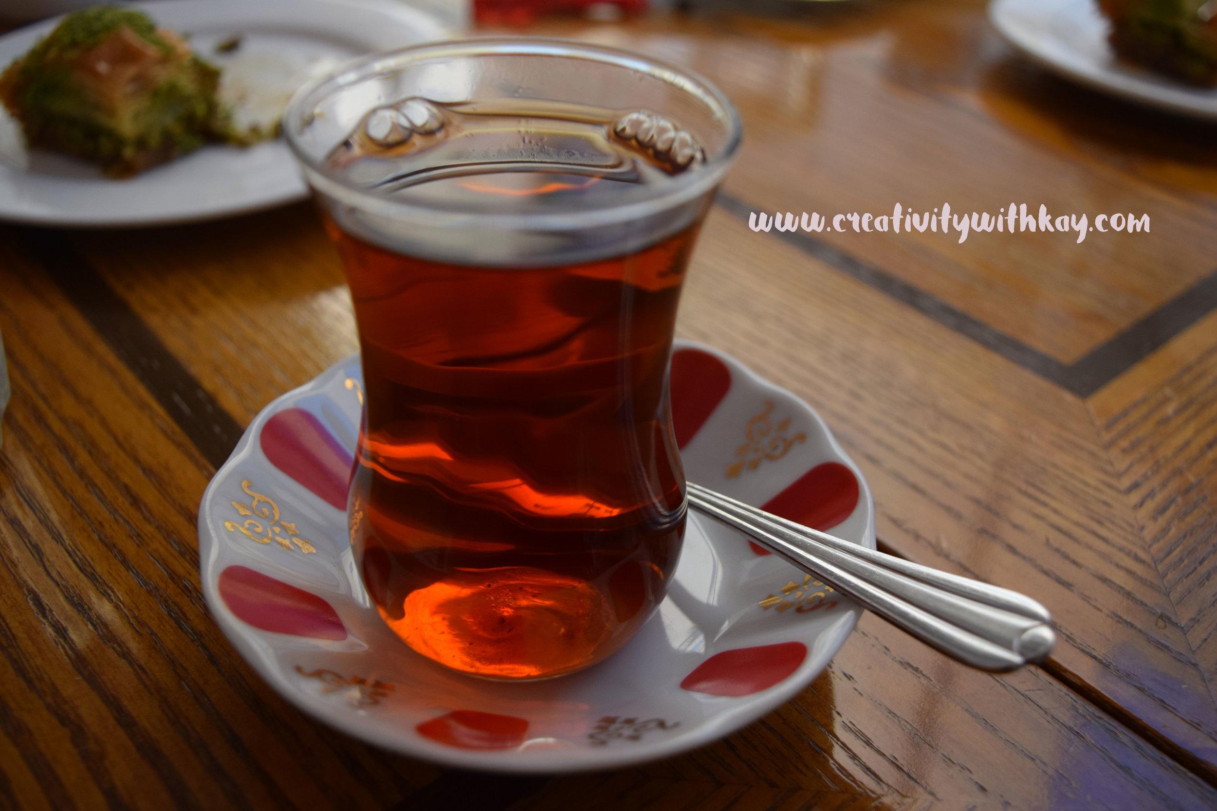 ramadan-2016-iftar-qatar-blogger-khansa-turkish-emirgansutis-turkish-tea.jpg