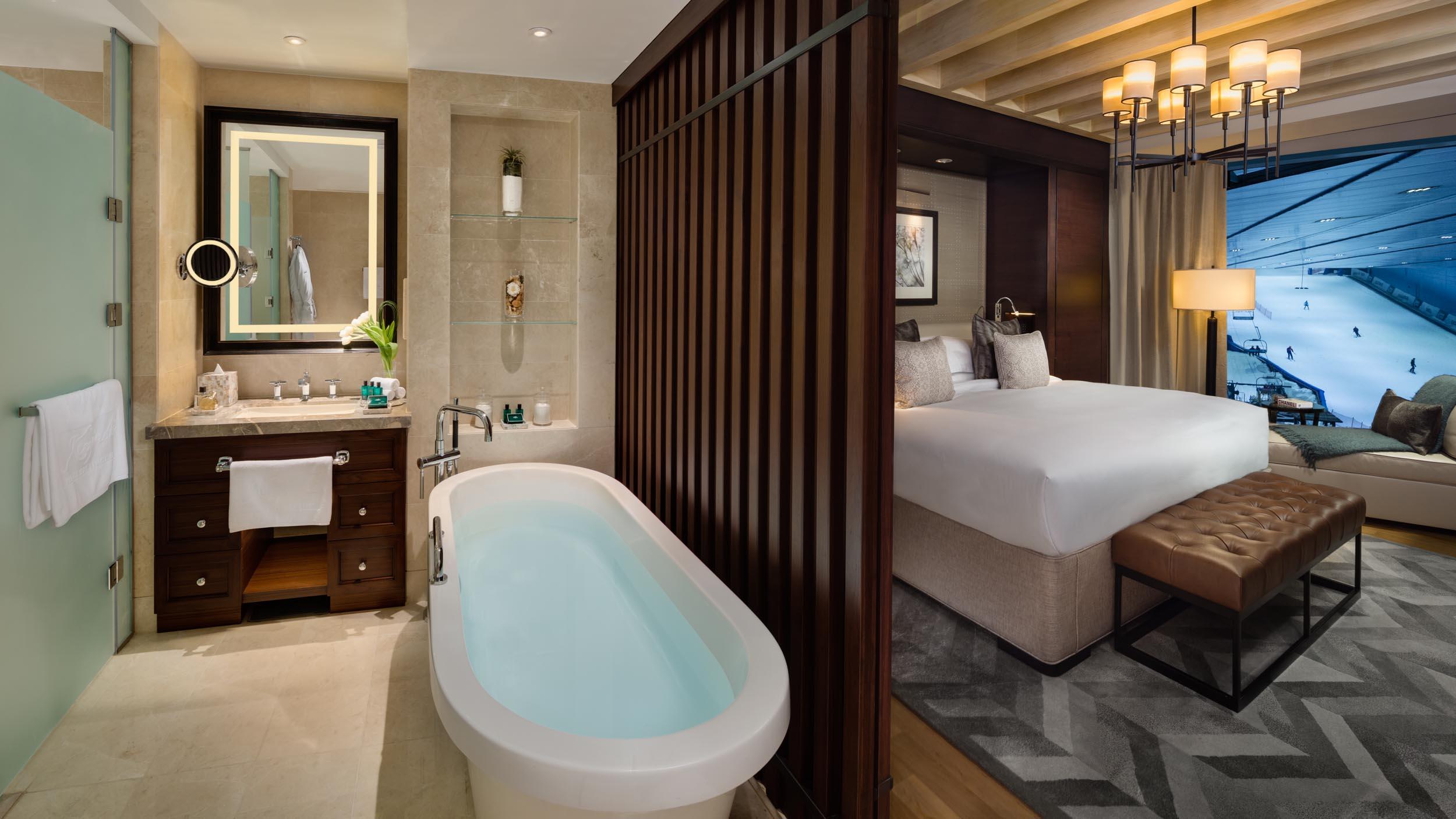 DUPLEX Chalet Bathroom & Bedroom