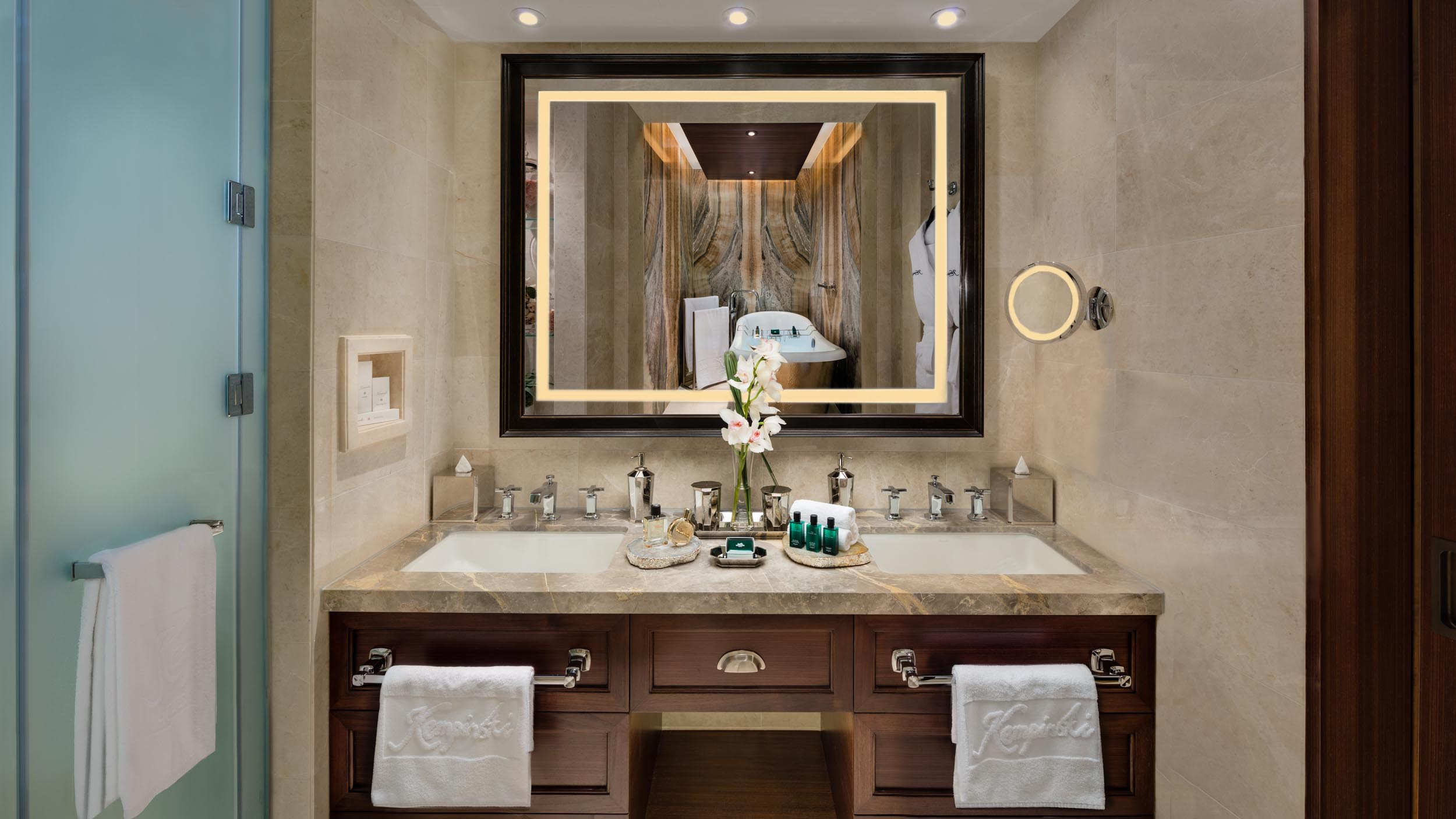 SKI Chalet Master Bedroom Wash Bassinet