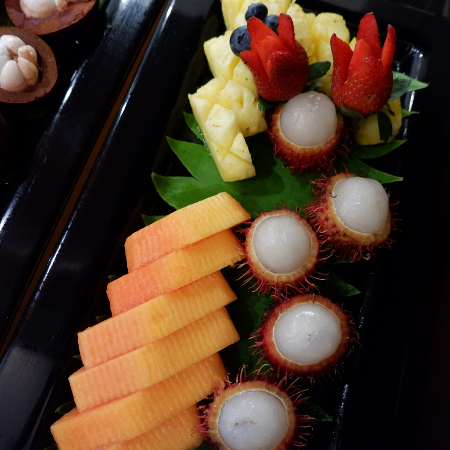 oryx-rotana-club-rotana-lounge-fresh-fruits.jpg