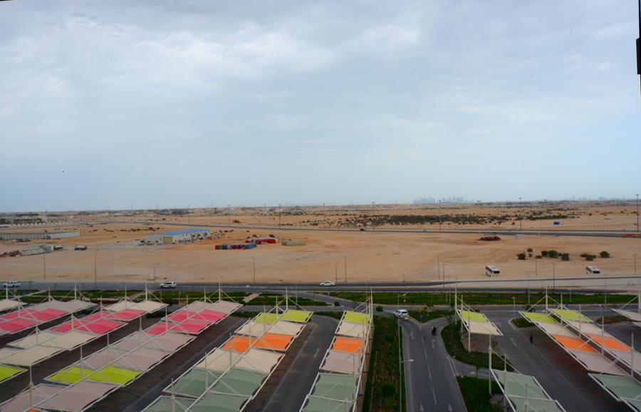 alrayyan-hotel-curio-hilton-qatar-room-view.jpg