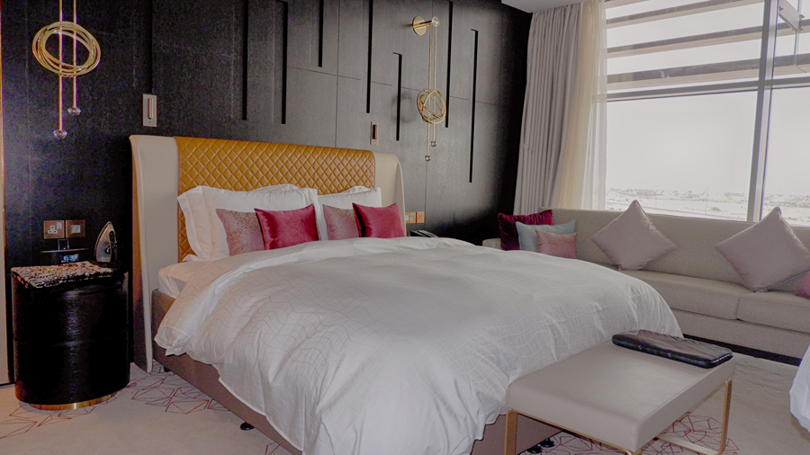 alrayyan-hotel-curio-hilton-room.jpg