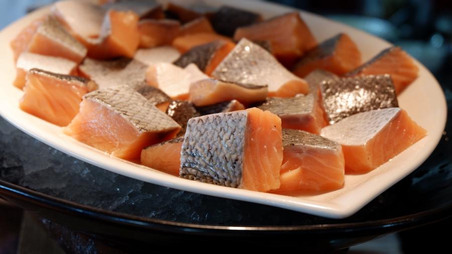 Friday-Brunch-CityCentre-Rotana-salmon.jpg
