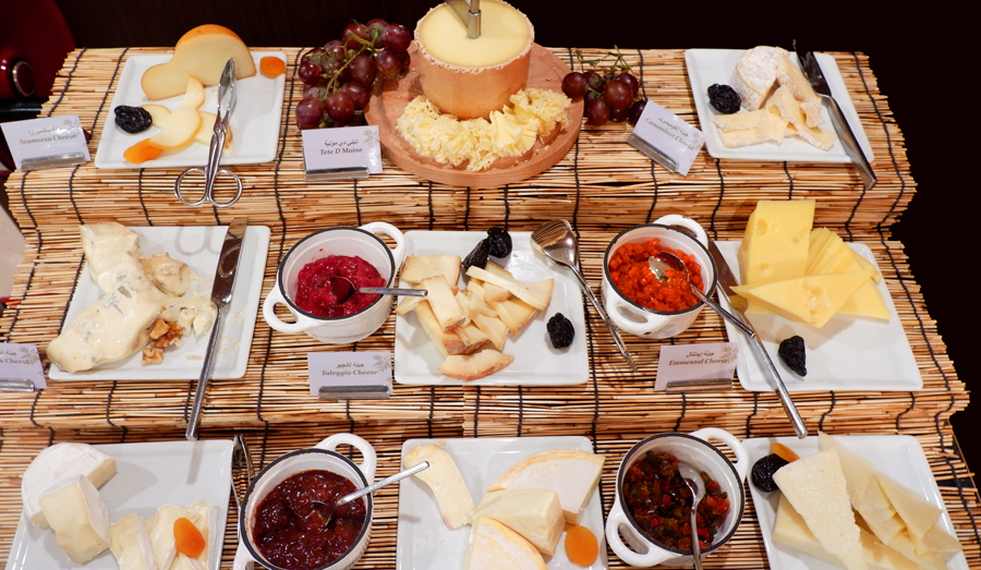 Friday-Brunch-CityCentre-Rotana-Cheese-Spread.jpg