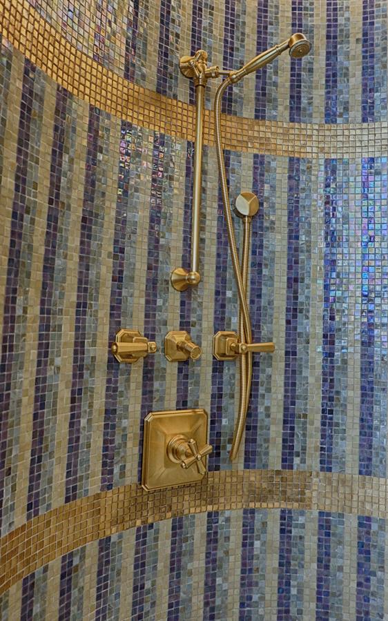 abudhabi-suite-bath-shower.jpg