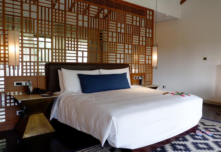 alila-diwa-goa-halal-bedroom.jpg