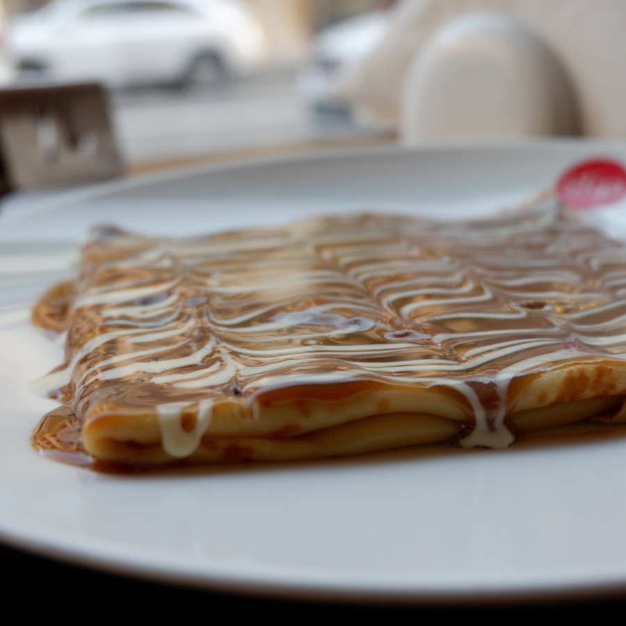 ThePearlQatar_DipnDip_crepe-triplechocolate.jpg