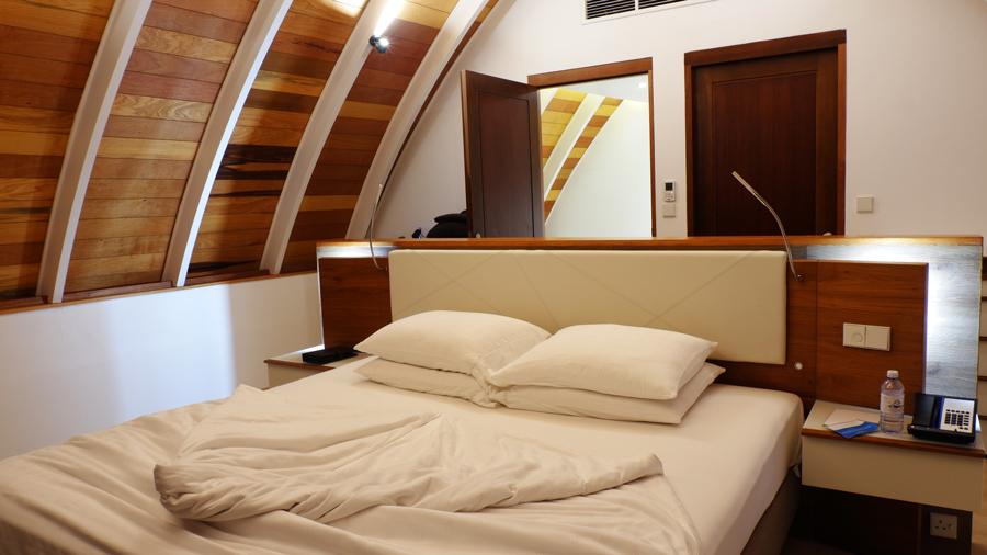 Kandolhu_bedroom.jpg
