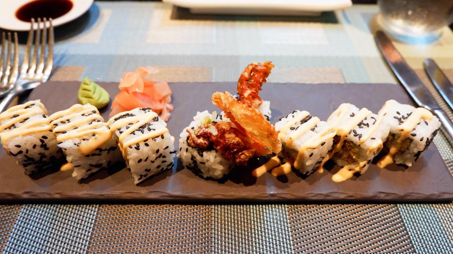 Kandolhu_Maldives_Banzai_sushi.jpg