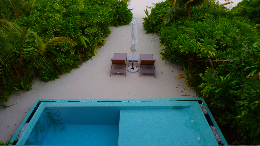 Kandolhu_Duplex_Villa_Pool2.jpg
