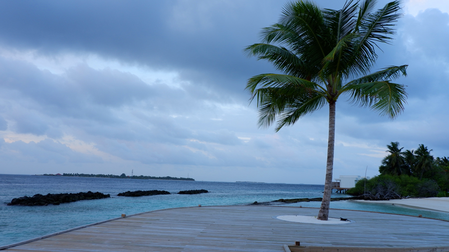 Dhigali_Maldives_Sunrise4.jpg