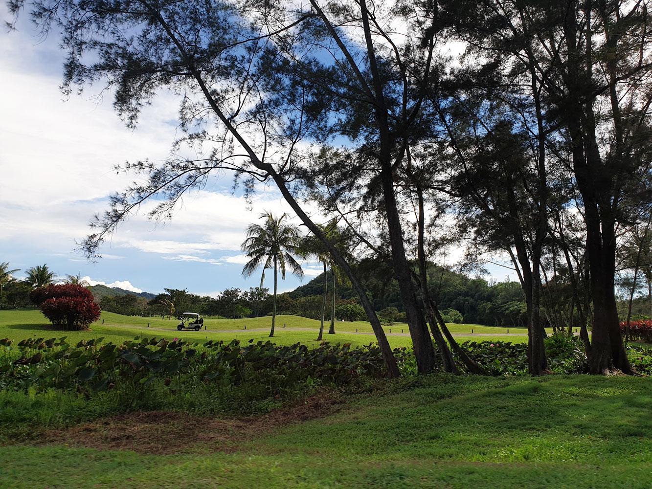 shangrila_rasaria_dalitbay_golfcourse.jpg