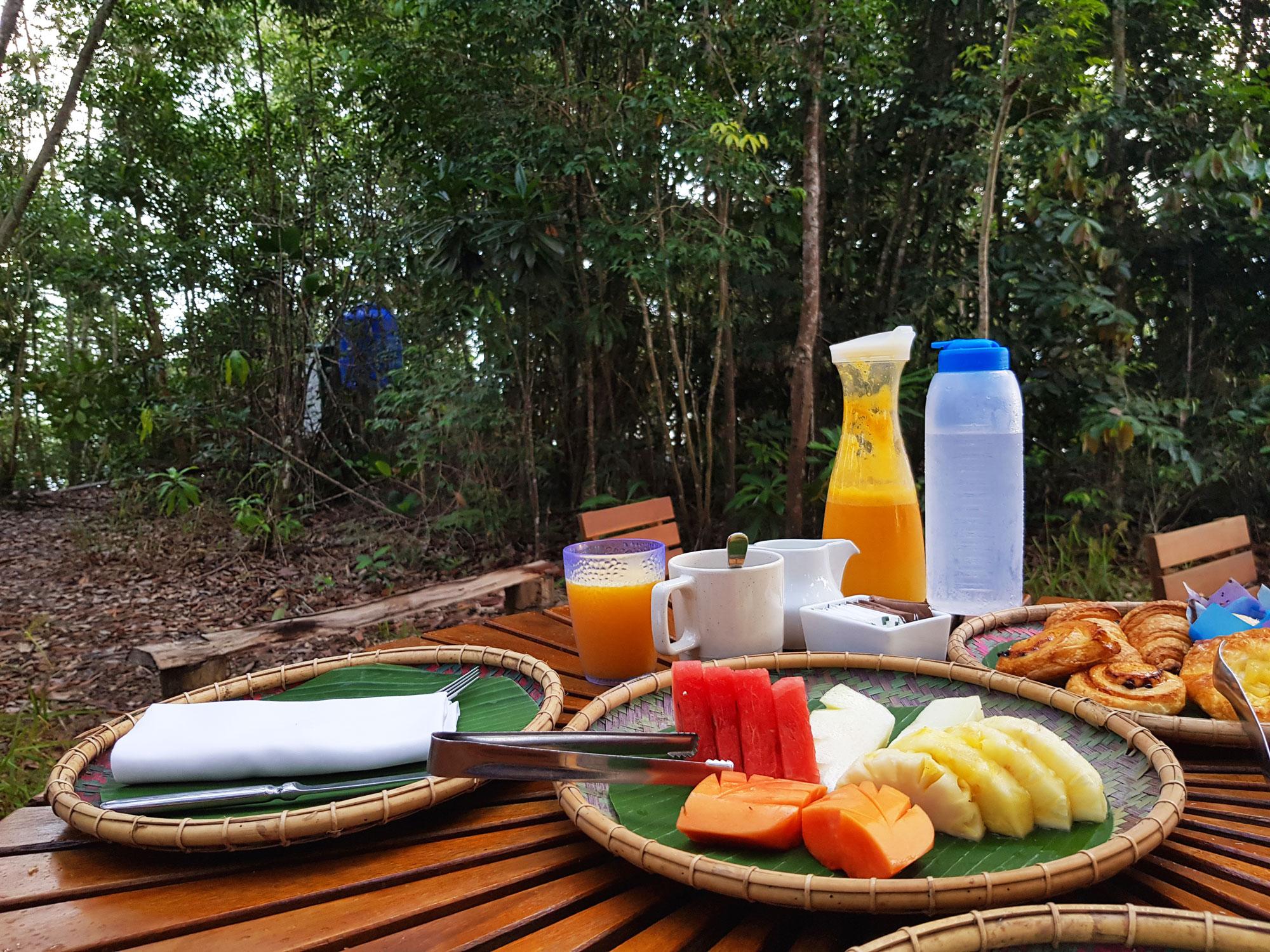 rasaria_reserve_breakfast.jpg