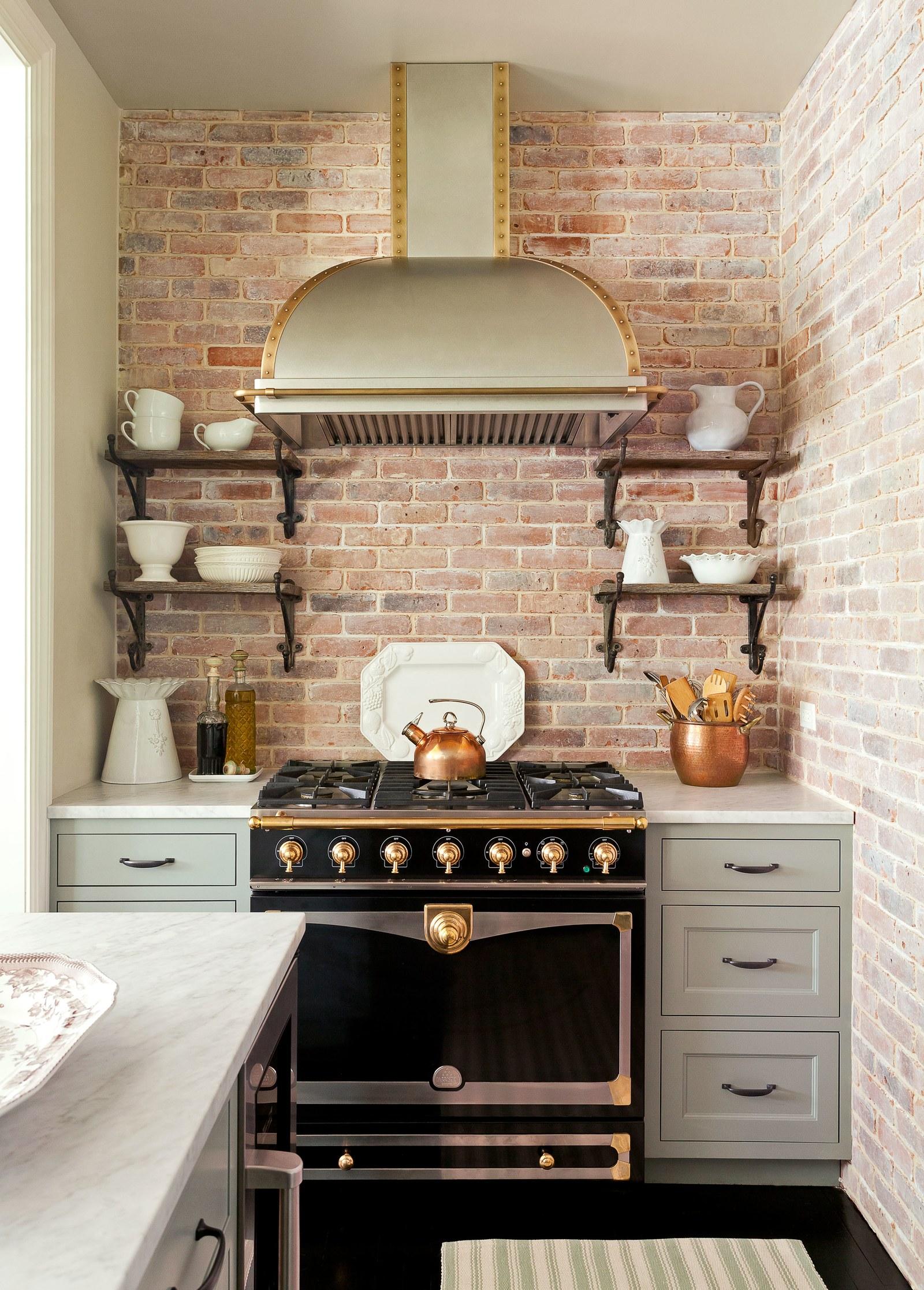 kitchen color.jpg