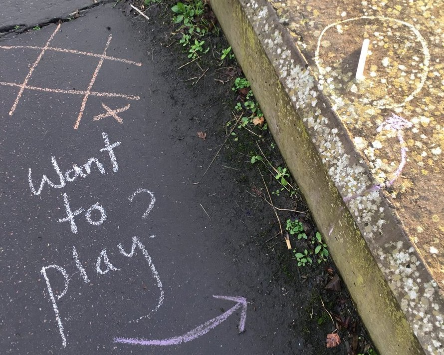 Chalk Noughts & Crosses #OnePlayThing.jpg