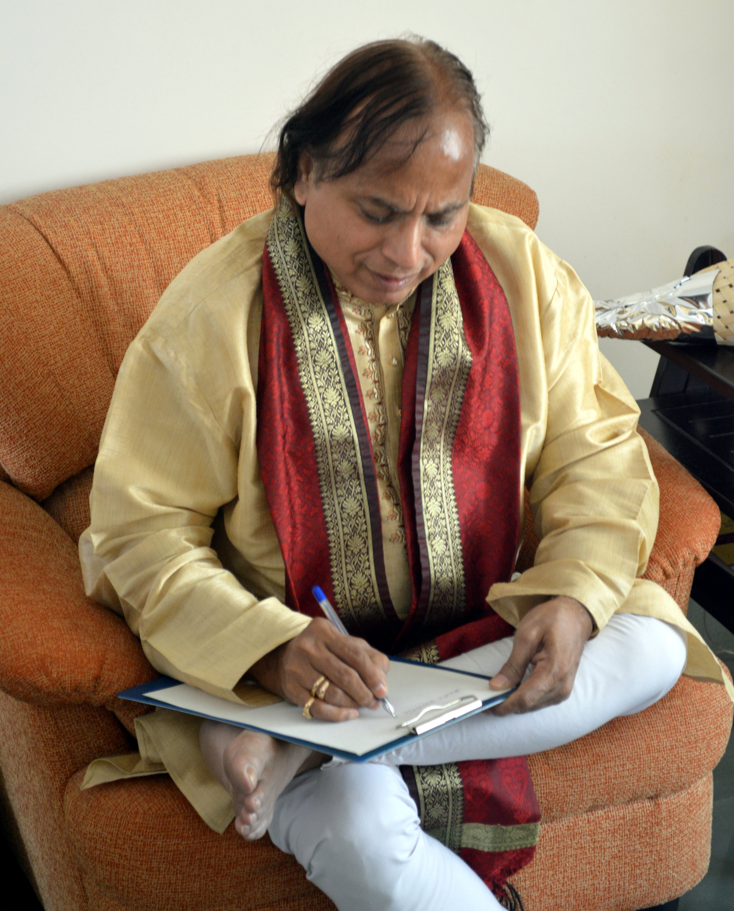 Pandit Suresh Talwalkar (an accomplished Tabla artist)