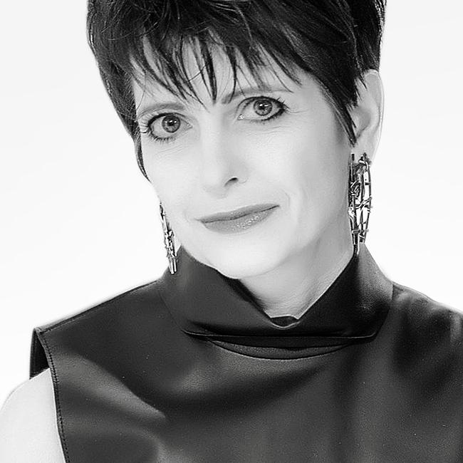 Adriana Dolnyckyj