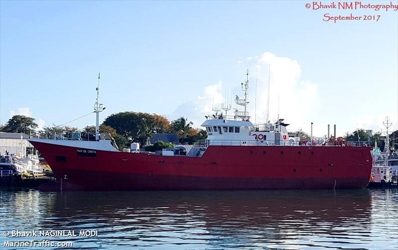 MAR DE CRETA FD106   Type: Metal Hull Trawler  Size: 40.35m  Built: 1957; Vigo