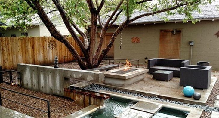 Back patio area(1).jpg