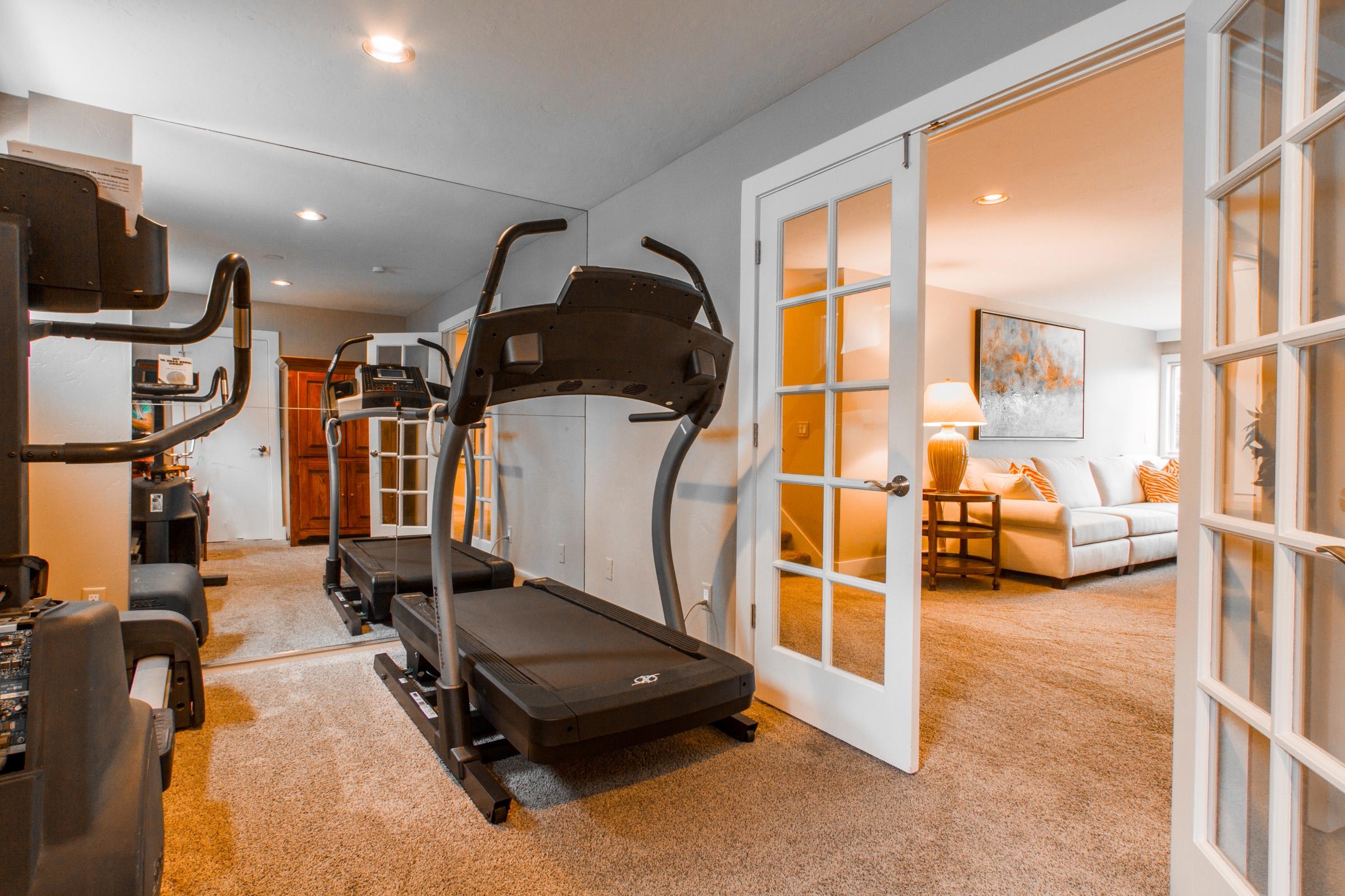 12_Workout-Room_high_2779581.jpg