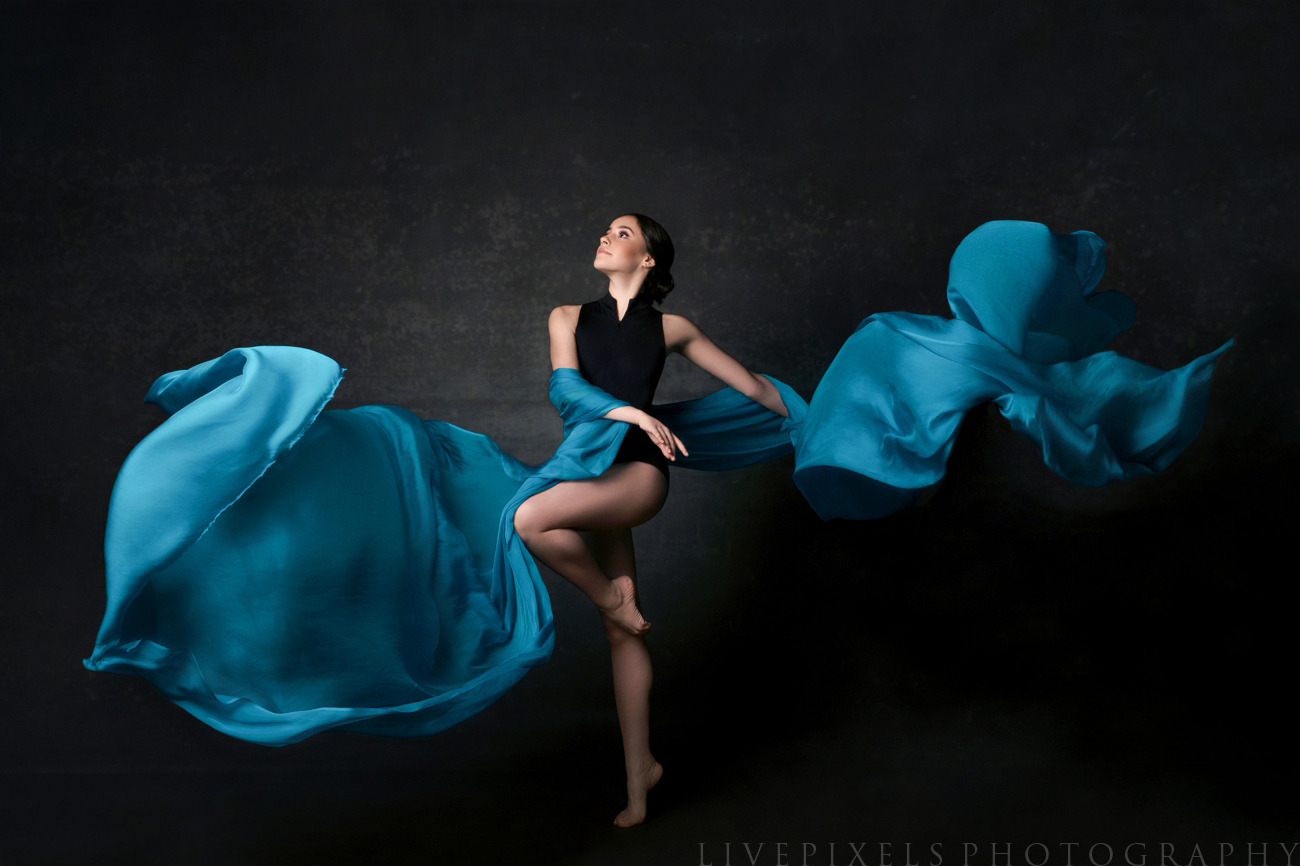 Portrait of a young ballerina - Oakville portrait studio.jpg