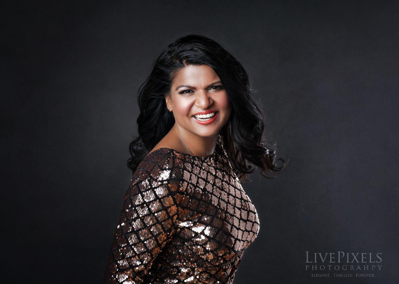 Beautiful feminine portrait of a woman - Oakville photographer.jpg