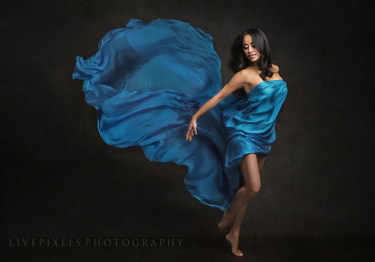 Beautiful dance portrait using silk - Toronto portrait studio.jpg