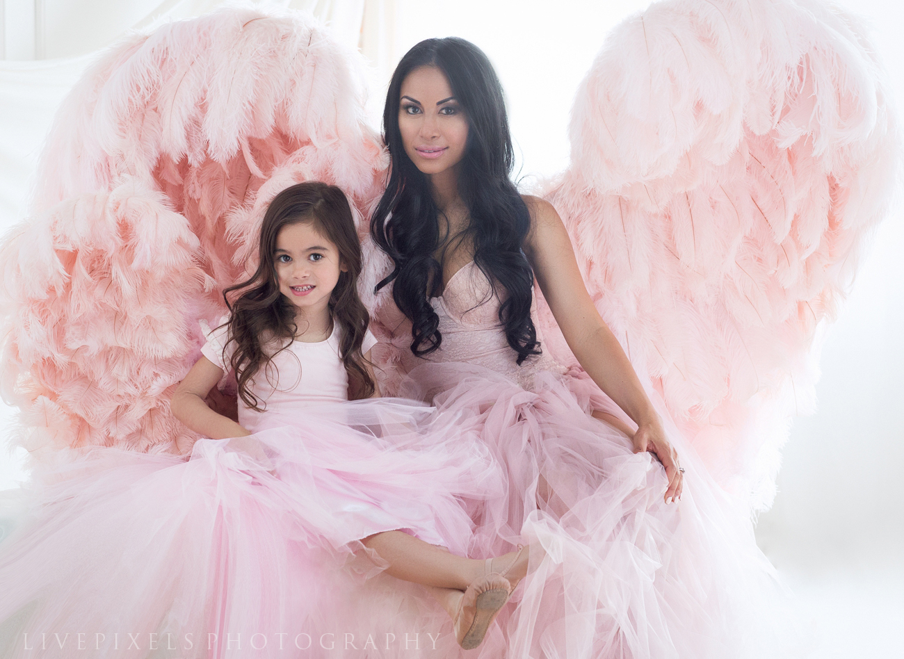 Beautiful Mother and Daughter portrait - Oakville photography studio.jpg