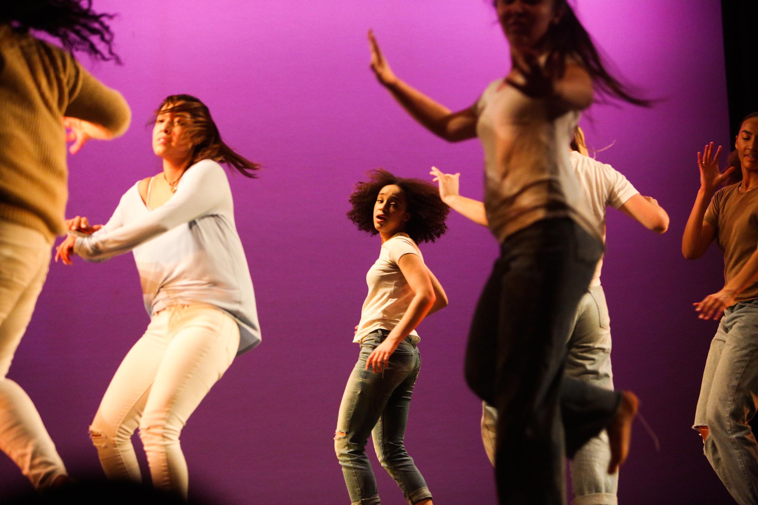 BHSdanceBHSdanceBHS dance5B0A6055002130054200068.jpg
