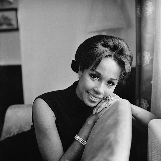 Today we mourn the passing of the legendary Diahann Carroll who sadly passed away today from Cancer at age 84. Bronx born and Harlem raised, Carroll started her career modeling for Essence. In 1962 she became the first African American woman to win a Tony Award for Best Actress. She continued to breakdown barriers when she became the first Black actress to play a role other than a domestic worker in a TV series called Julia. This role earned her a Golden Globe and an Emmy Nomination. Rest In Peace Diahann Carroll || 📸: Vanity Fair . . . . . . . . . . . . #diahanncarroll #restinpeace #blackactress #blackfirst #emmys #goldenglobes #julia #TV #1960s #newyorkcity #harlem #bronx #history #americanhistory #blackhistory #womenshistory