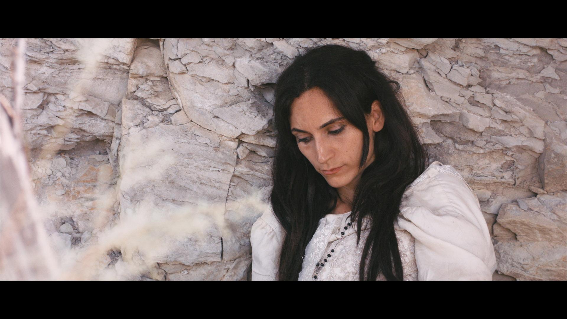 Naila-Mansour_Guadalupe-Delgado-02.jpg