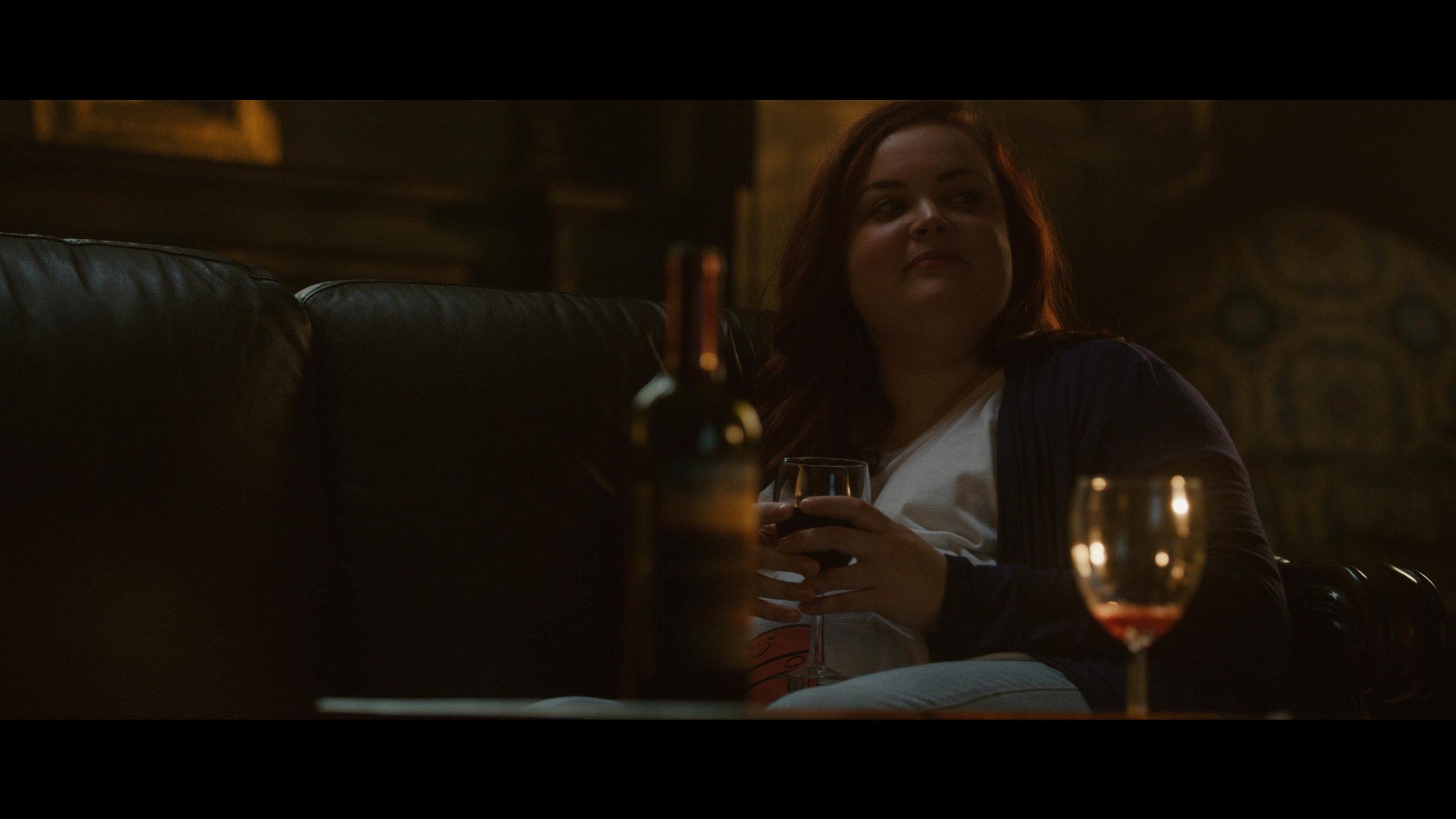 Jessica_Meisel_BROOKE_Brooke and girls drink wine to Virginia_06.jpg