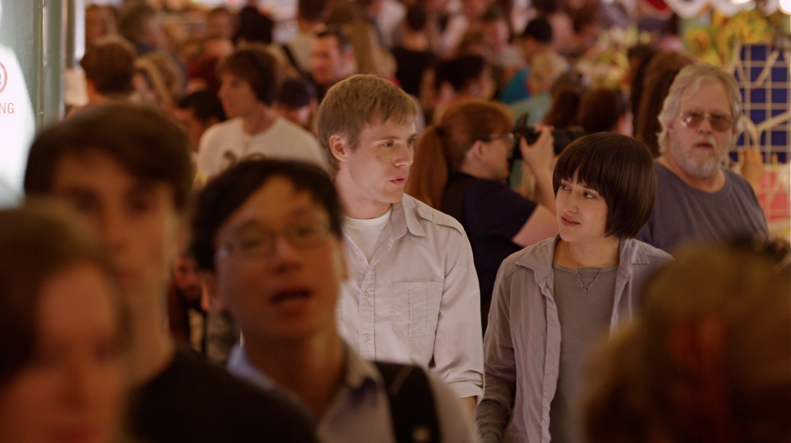 6 - Zachary Booth, DENIM - Nikki and Denim Explore Pike Place.jpg