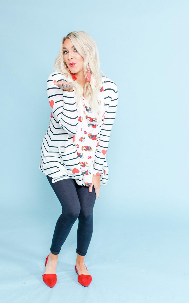LuLaRoe-Caroline-Mid-Length-Cardigan-with-side-pockets-black-white-striped-with-hearts.jpg