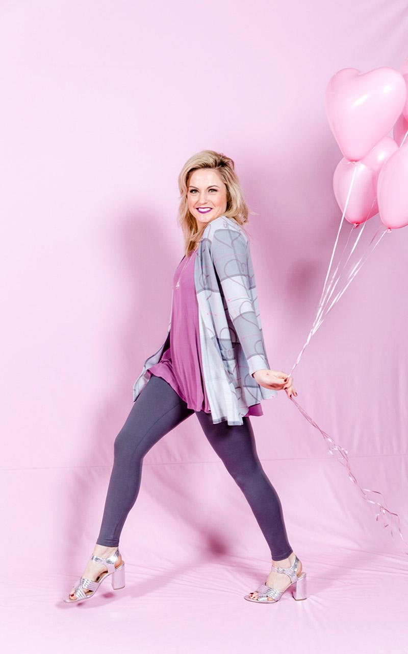 LuLaRoe-Caroline-Mid-Length-Cardigan-with-side-pockets-hearts-printjpg