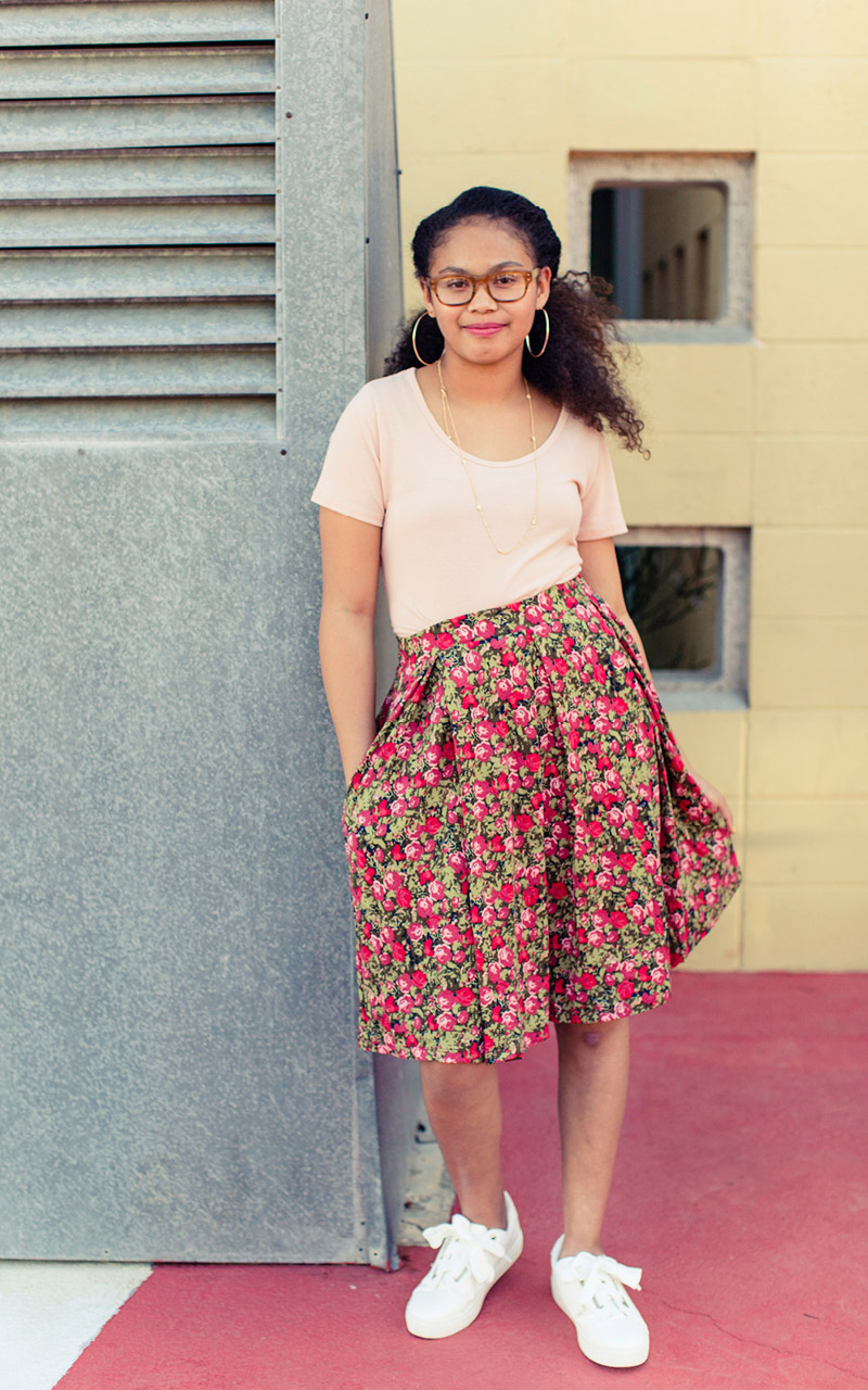 LuLaRoe-Madison-Mid-Length-Skater-Skirt-With-Pockets-red-florals.jpg