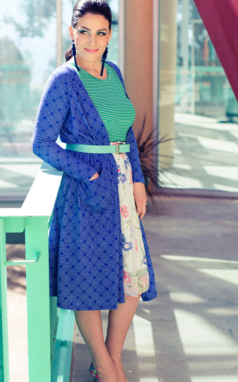 LuLaRoe-Sarah-Long-Cardigan-With-Pockets-blue-lines-checkered.jpg