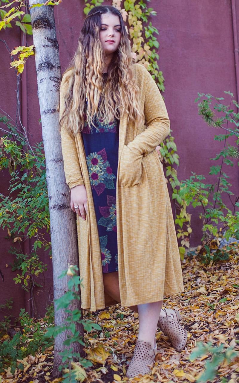 LuLaRoe-Sarah-Long-Cardigan-With-Pockets-heather-yellow.jpg