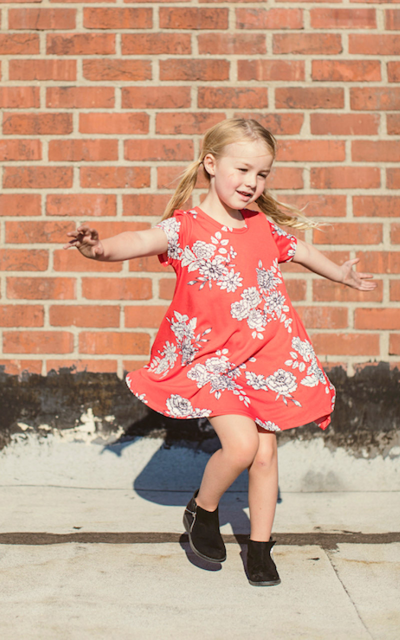 LuLaRoe-Scarlett-kids-T-shirt-dress-red-floral.jpg