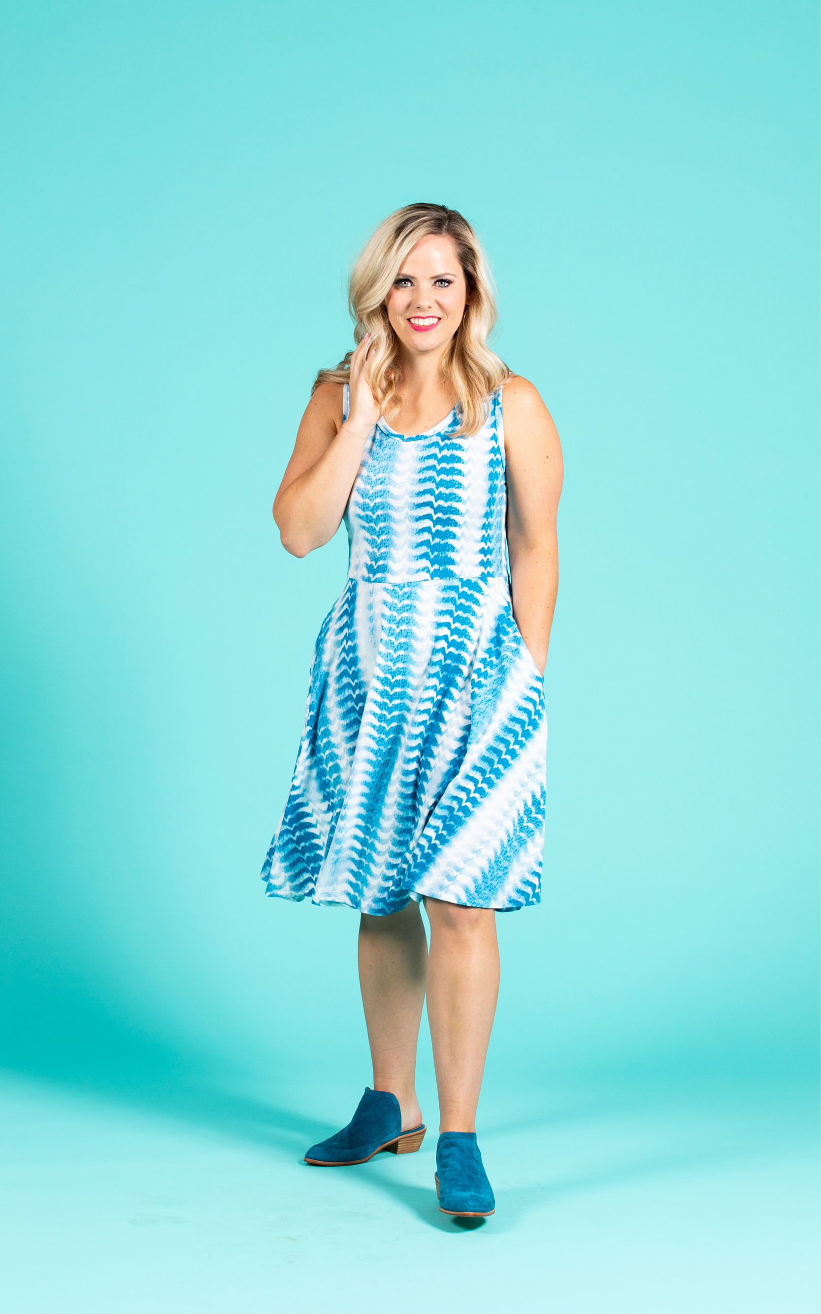 LULAROE-SLEEVELESS-DRESS-NICKI-A LINE SKIRT-BLUE AND WHITE PRINT.jpg